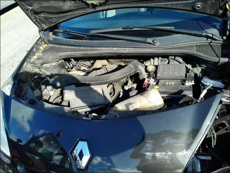 CLIO 1.5 DCI accidentée