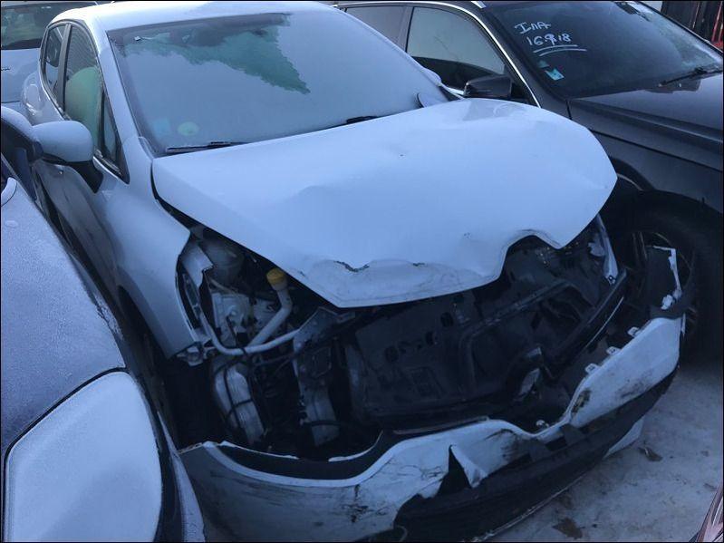 CLIO IV 1.5 DCI accidentée